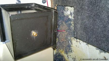 colocando un calefactor en un motorhome