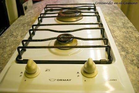Como instalar una cocina o un anafe en una casa rodante