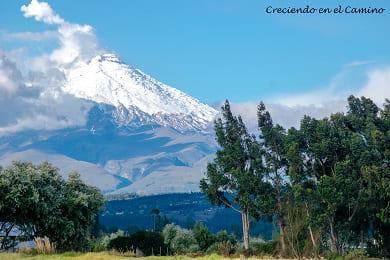 que visitar y hacer en el parque nacional cotopaxi en ecuador