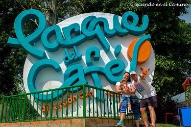 parque nacional del cafe en el eje cafetero de colombia