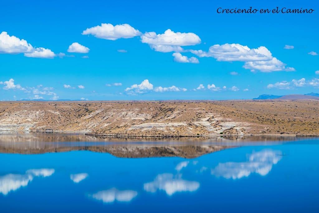 LAGO EMBALSE COLLON CURA (NEUQUEN) argentina