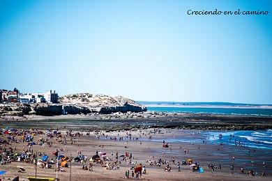 Que hacer y visitar en el condor, las grutas y playas doradas en argentina