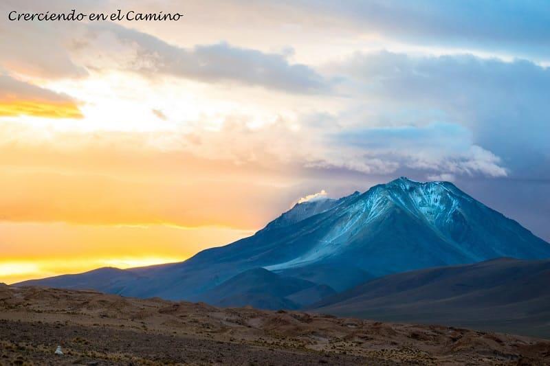 como cruzar el paso ollague entre bolivia y chile