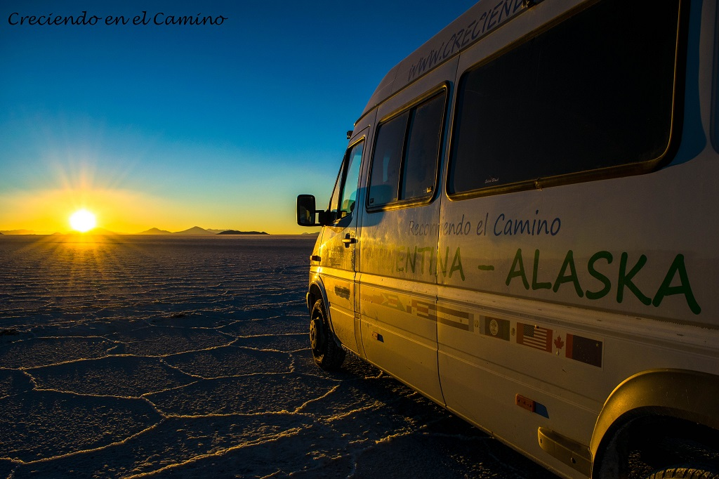 ATARDECER EN EL SALAR DE UYUNI MEJORES FOTOGRAFIAS DE BOLIVIA