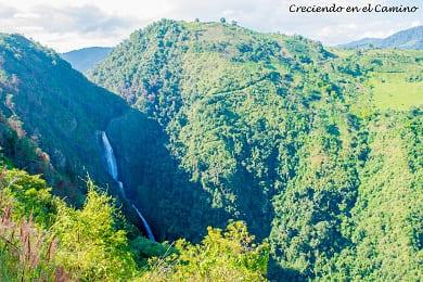 como visitar el salto de bordones en isnos colombia