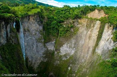como visitar el salto de mortiño en colombia