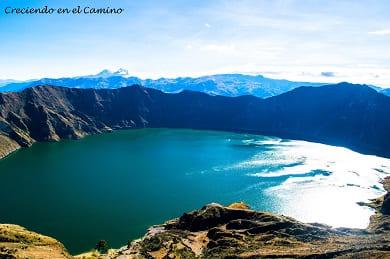 que hacer y visitar en la laguna de quilotoa en ecuador