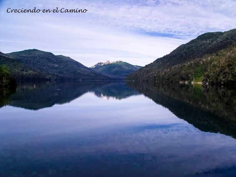Lago Espejo Chico, Camino 7 Lagos, Argentina