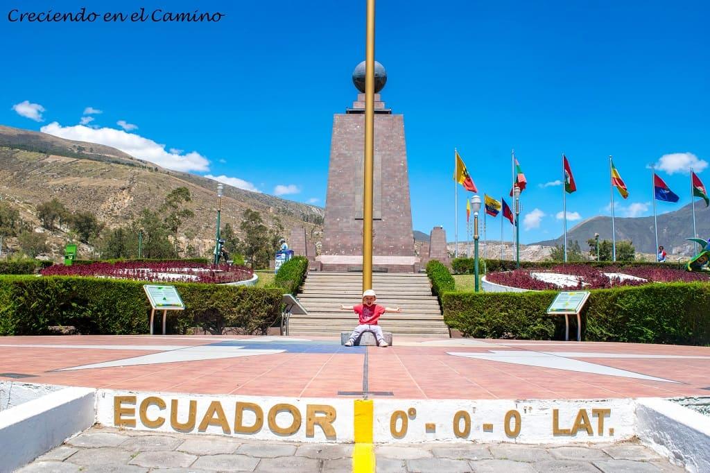 que visitar y hacer en ecuador