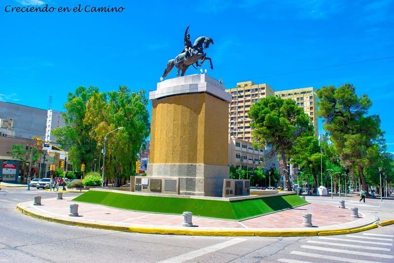 Monumento a San Martín, Neuquén Capital