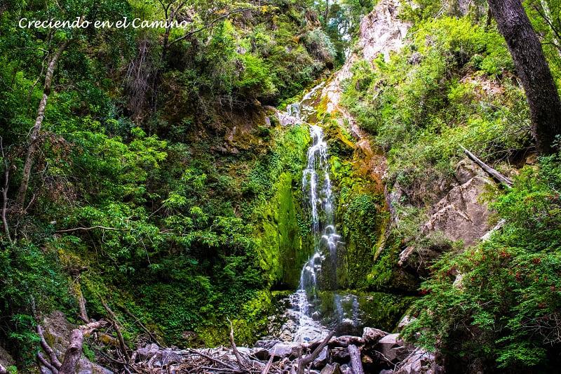 cascada Lago Pichi Traful, Camino 7 Lagos, Argentina