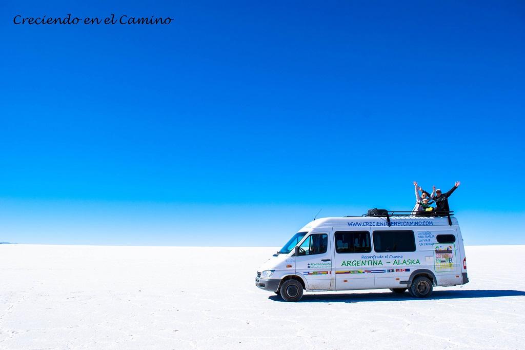 ✨ Somos Tomas, Jorgelina y Diego, una familia argentina que desde 2015 recorre el camino de Argentina a Alaska por carretera a bordo de un motorhome!!!
