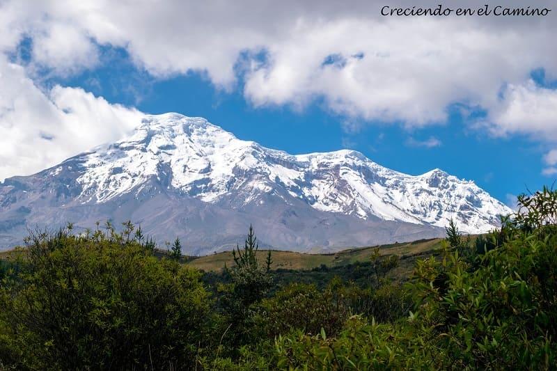 volcan chimborazo desde lejos ecuador