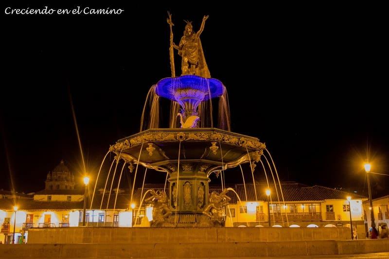 Monumento a Tupac Amaru en Cusco